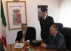 Sala conferenze della Questura di Foggia, disposizioni per passaporto (image N.Saracino)