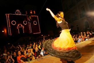"""Il Carpino folk festival nelle zone umbre colpite dal terremoto """"RIEMPIAMO L'AUTOBUS DELLA SOLIDARIETÀ"""""""
