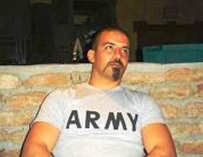 Il caporal maggiore D.Ricchiuto (St)