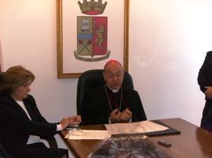 Foggia, Chiesa e Polizia contro la pedofilia (Video ...