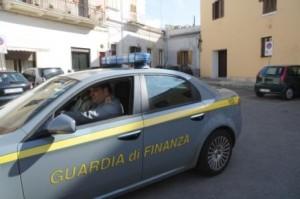 Controlli militari Guardia Finanza (image: iltaccod'italia)