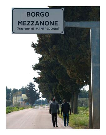 Borgo Mezzanone, entrata (ST)