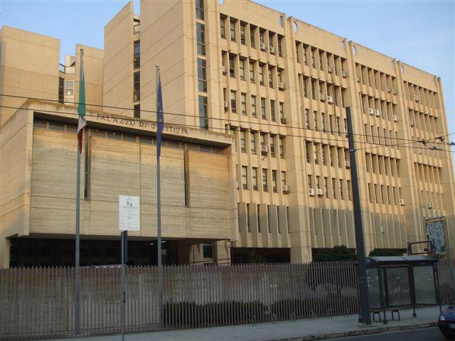 Esterno Tribunale/Procura Lecce (st)