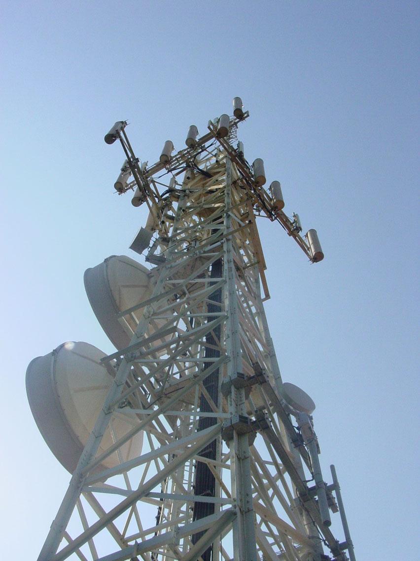 Installazione stazione radio di base Vodafone