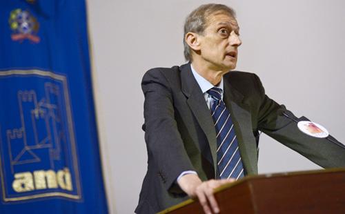 Il presidente dell'Anci Fassino (CM-MF)