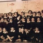 """1956; III^ Elementare, """"Sacro Cuore"""" di Manfredonia; nella foto Franco Rinaldi seduto a terra in prima fila, secondo scolaro da sinistra; affianco sulla mia destra Giuliano Ciociola"""