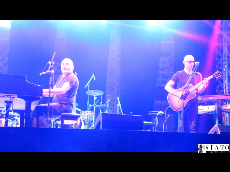 Manfredonia, concerto Mango in Piazza Duomo (VIDEO)