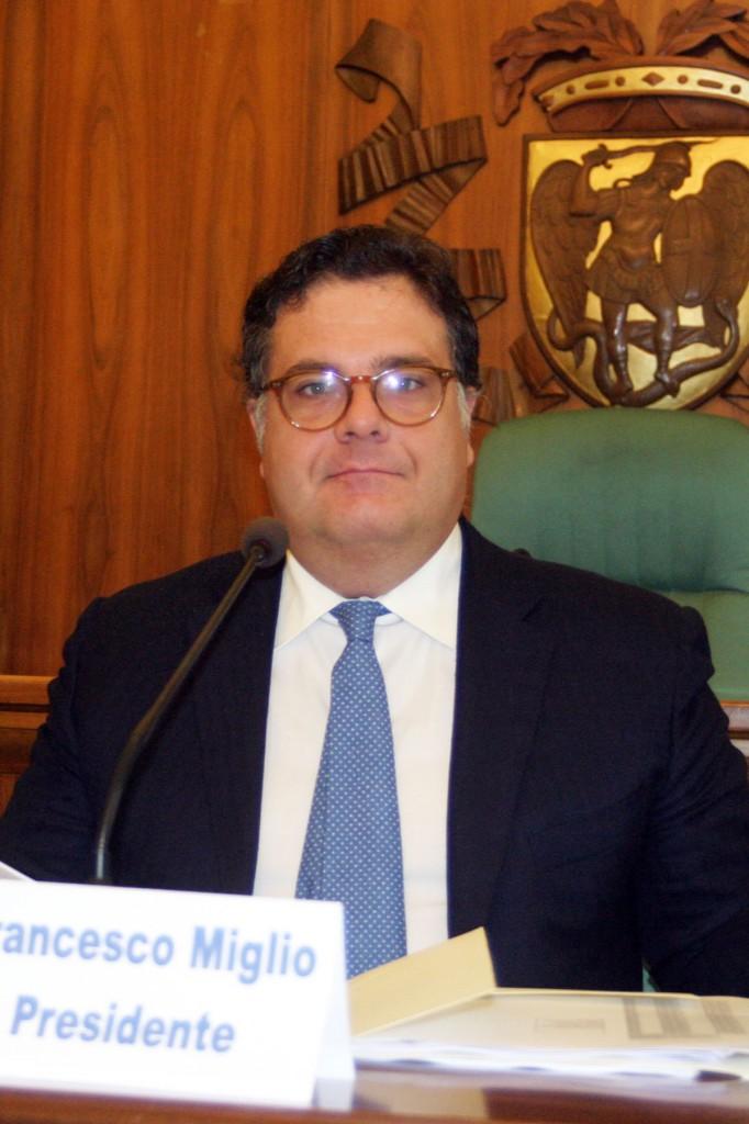 Il sindaco di San Severo e presidente della Provincia di Foggia Francesco Miglio (st - ph: VINCENZO MAIZZI)