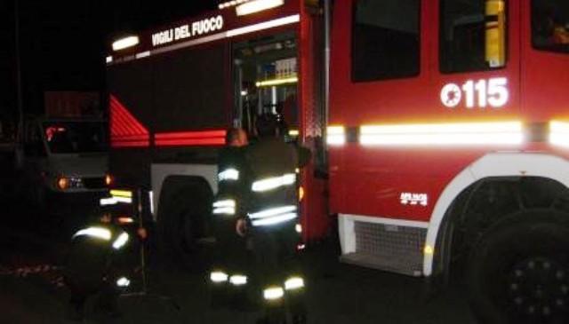 Vigili del fuoco (immagine d'archivio - NON RIFERITA AL TESTO)