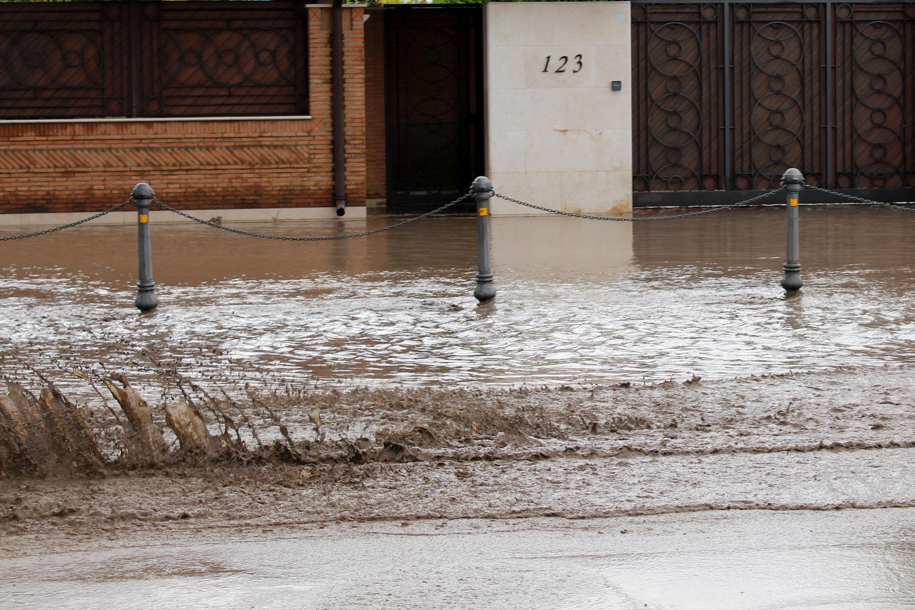 Maltempo Puglia: fango e detriti, disagi sulle strade del Gargano