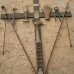 -U Calvarje-Croce con gli strumenti della Passione, utilizzato dalla Confraternita SS.Sacramento di S.Francesco p er i riti della Pasqua