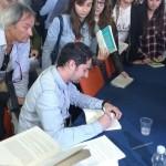 Giuseppe Catozzella autografa copie di 'Non dirmi che hai paura'3