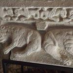 29. - Abbazia Pulsano-capitello  con bestiario  medievale