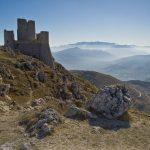 Rocca Calascio (L'Aquila), catena del Gran Sasso d'Italia