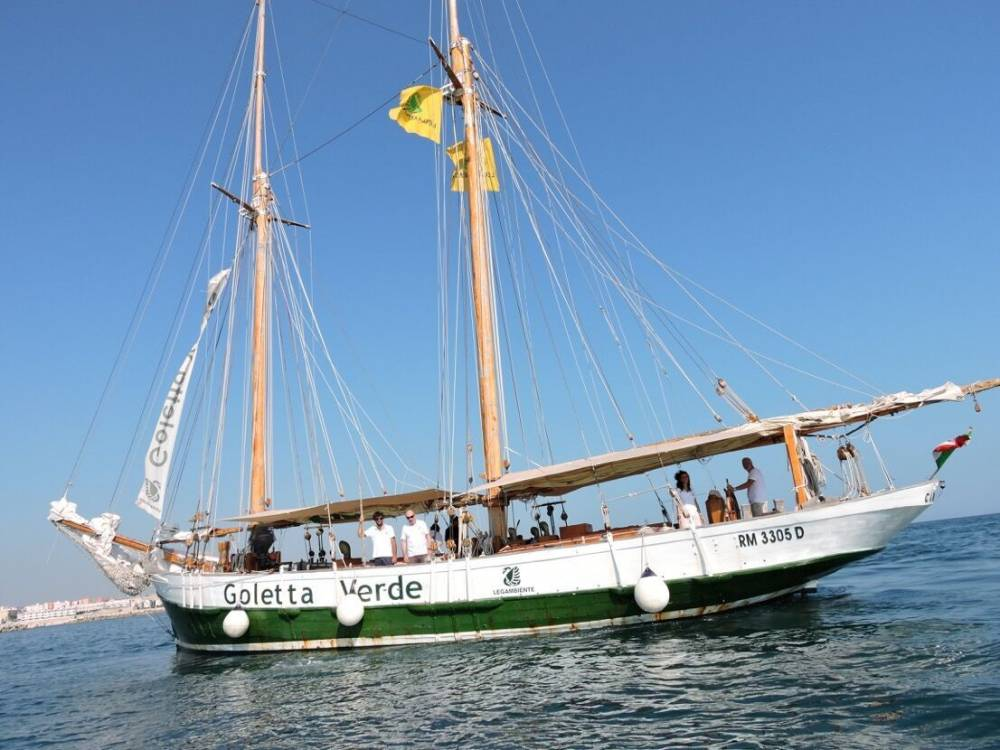 Parte il viaggio della Goletta Verde, il 25 e 26 luglio a Manfredonia