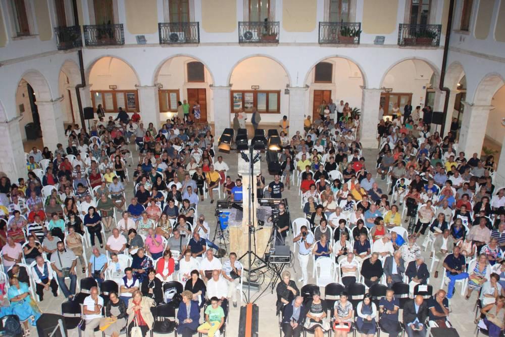 Il pubblico presente in sala (foto di Lorenzo De Cristofaro)