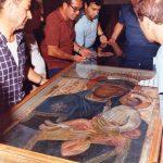 Anni '80-Festa Patronale- Pulizia vetro della Sacra Icona-Foto archivio Matteo Piemontese
