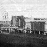 Inizi '900- Lo stabilimento Balneare De Marzo costruito con sistema a palafitte sul mare, sotto l'albergo-ristorante Daniele