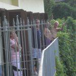 Luglio 2012-Avisini di Manfredonia sulla balconata dell'Hotel Roma
