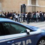 studenti-protestano-in-prefettura4