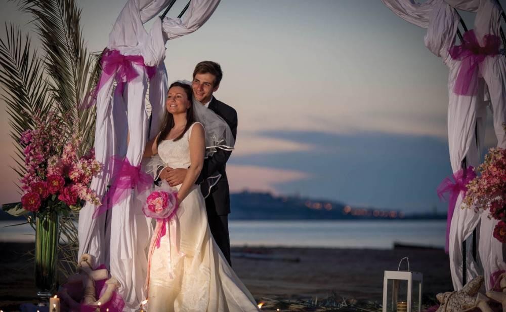 Mattinata. Celebrazioni matrimoni con rito civile in hotel e ristoranti: elenco Comune http://www.gattarella.it