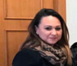 La neo assessora ai Servizi sociali del Comune di Manfredonia Noemi Frattarolo (ritaglio foto Comune di Manfredonia)