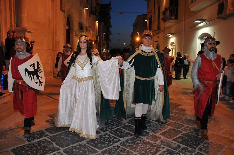 """Manfredonia celebra il 761° anniversario della sua fondazione Riccardi """"Conoscere, conservare, recuperare"""