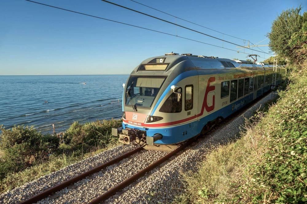 """Gargano, dal 1° luglio """"treni no stop"""" le per località marine Biglietti acquistabili on line su www.ferroviedelgargano.com"""
