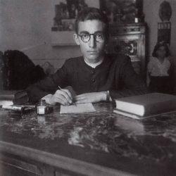 1946 - UN GIOVANISSIMO DON ANTONIO DI LAURO POCO PRIMA DELL'ORDINAZIONE. Memorie dei miei 60 anni di sacerdozio. Don A. Di Lauro