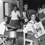 Anni '50 L'Orchestrina di Bartolo D'Onofrio sul terrazzo del ristorante Pastore-nella formazione manca il suonatore di chitarra e benjo Stelluti