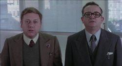 Paolo Villaggio e Gigi Reder, nel film Fantozzi (1975)
