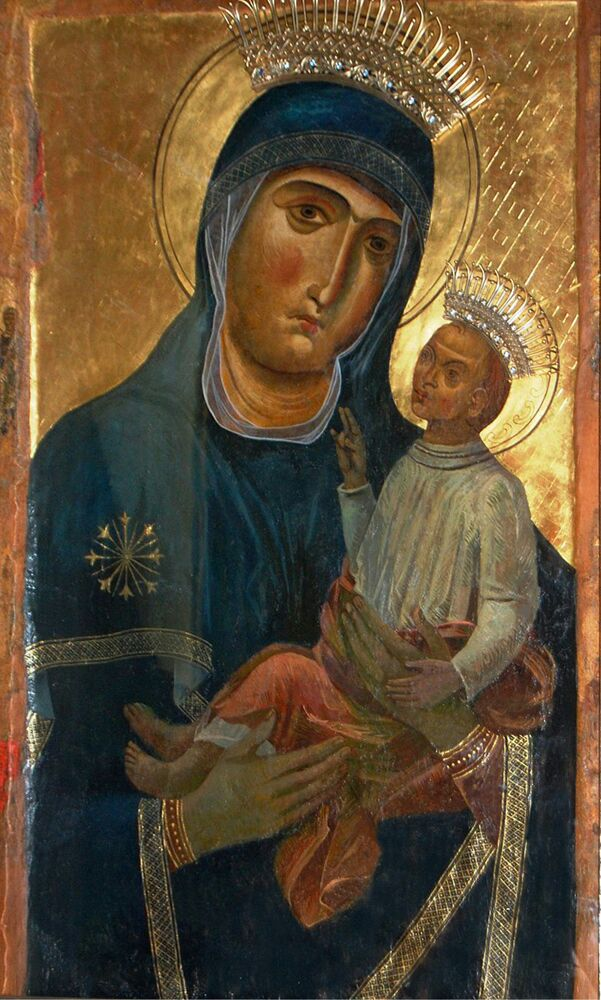 """Nel dipinto """"Madonna"""" del 1975 si nota l´influenza che ha avuto la visione del dipinto della  Vergine di Siponto del V secolo, custodita dal 1973 nella cappella laterale della Cattedrale di  Manfredonia ed il culto religioso, molto sentito a Manfredonia"""