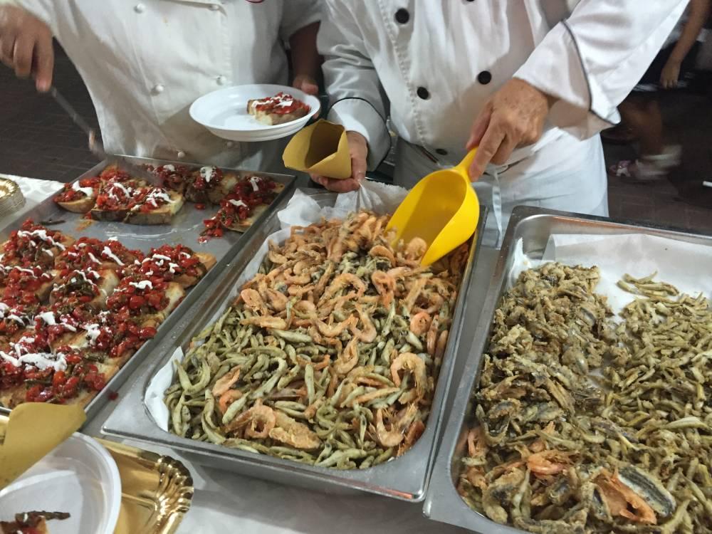 """""""La Laguna di Lesina si racconta in mille piatti"""" Particolarmente apprezzati i prodotti dell'azienda di Luigi Turco"""