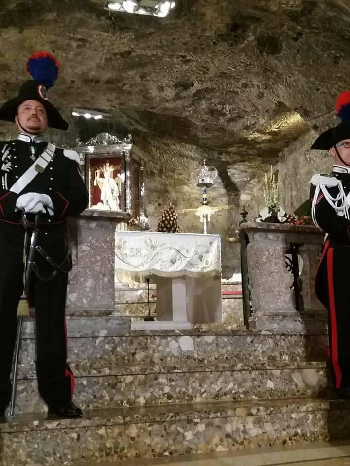 """Monte Sant'Angelo: """"Tradizionale offerta della Cera"""" (ph F.Taronna)"""