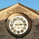 Chiesa con Orologio Apostolico
