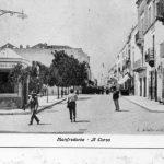 Primi '900-Piazza Municipio- Chiosco per la vendita di acqua del Serino