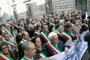 Protesta sindaci comuni (Anci - casertaonline)