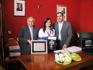 Elania Nardelli con Presidente Prov e Sindaco