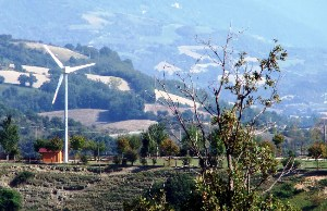 Impianti eolici (altometauro.it)