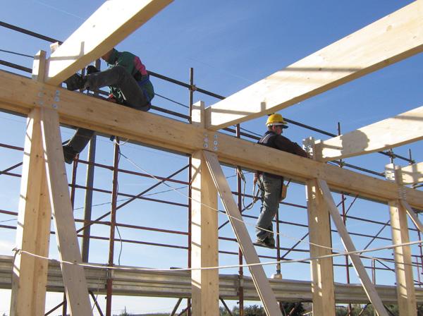 Ca9 coim realizza capannone per attivit commerciali for Costruire un capannone