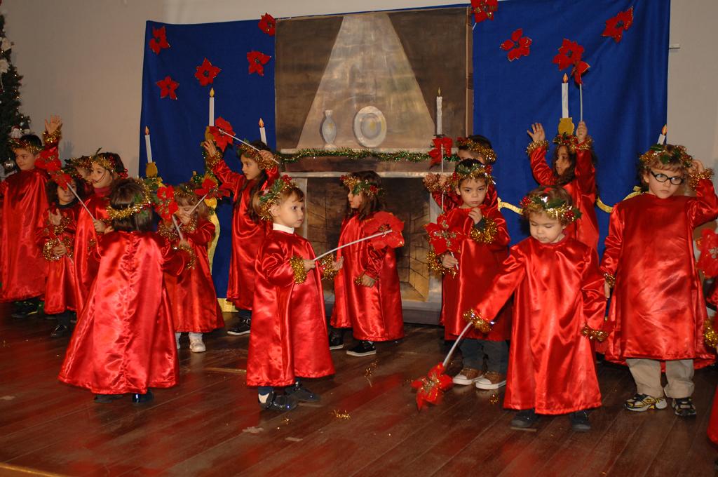 Magie di natale nella scuola dell 39 infanzia walt disney for Cartelloni di natale per la scuola dell infanzia