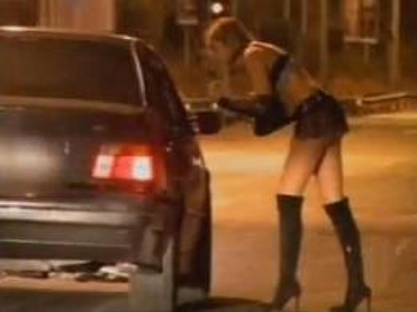 video prostitute al lavoro clip auto