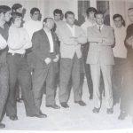 Don Andrea Papagno insieme al vescovo V.Vailati e alla squadra del Manfredonia