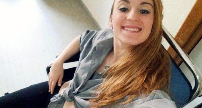 Laura Petrolito, la ventenne accoltellata, uccisa e buttata in un pozzo, in una foto tratta dal suo profilo facebook.