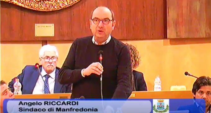 UN MOMENTO DELL'INTERVENTO DEL SINDACO RICCARDI (19.04.2019)