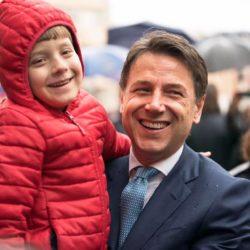 """Conte a Manfredonia """"L'Italia è ricca di giovani ingegnosi"""" (FOTO)"""